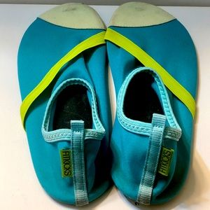 Water shoes fitkicks